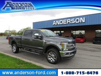 2018 Magnetic Metallic Ford Super Duty F-250 SRW LARIAT 4WD Crew Cab 6.75 Box 4X4 4 Door Diesel I8 6.7L Engine Automatic