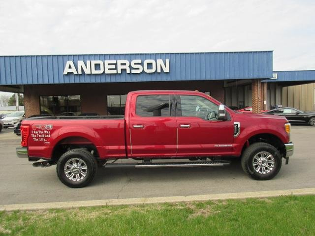 2017 Ford Super Duty F-350 SRW Lariat 4WD Crew Cab 6.75 Box Automatic 4X4 Truck 4 Door Diesel I8 6.7L Engine