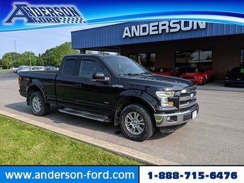 2015 Tuxedo Black Metallic Ford F-150 4WD SuperCab 145 Lariat 4 Door 4X4 Automatic