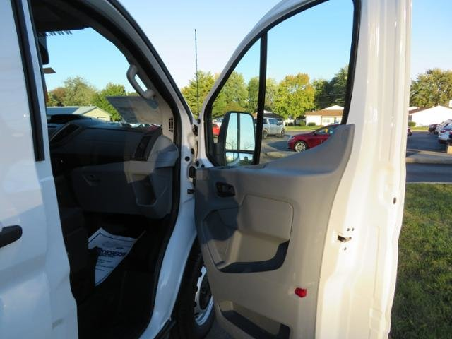 2019 Oxford White Ford Transit T-150 148 Low Rf 8600 GVWR Sliding Gas/Ethanol V6 3.7L Engine Automatic RWD