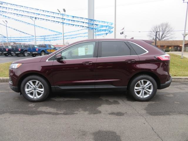 2019 Burgundy Velvet Metallic Tinted Clearcoat Ford Edge SEL FWD Gas I4 2.0L Engine 4 Door SUV