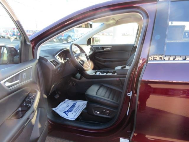 2019 Ford Edge SEL FWD 4 Door FWD SUV Gas I4 2.0L Engine