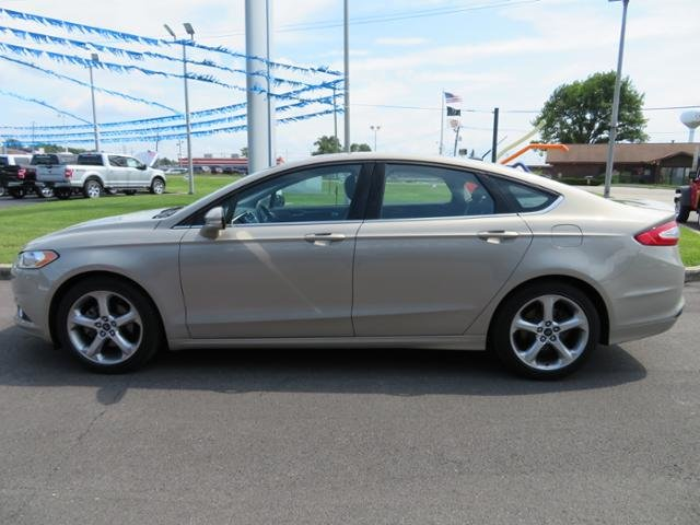 2015 Ford Fusion SE Sedan FWD Automatic - UNKNOWN L Engine 4 Door