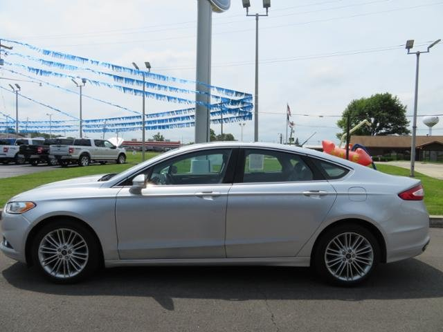2016 Ford Fusion 4dr Sdn SE AWD Gas I4 2.0L Engine AWD 4 Door