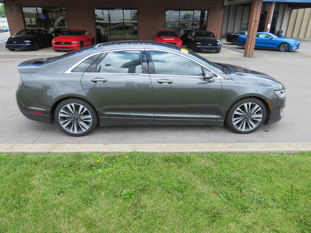 2017 Magnetic Gray Metallic Lincoln MKZ Reserve FWD Gas I4 2.0L Engine Automatic FWD