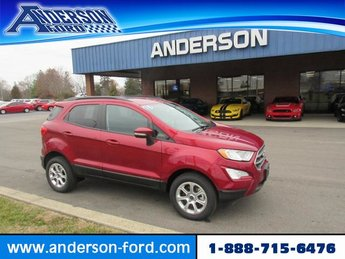 2018 Ruby Red Metallic Tinted Clearcoat Ford EcoSport SE Gas I4 2.0L Engine 4X4 4 Door Automatic