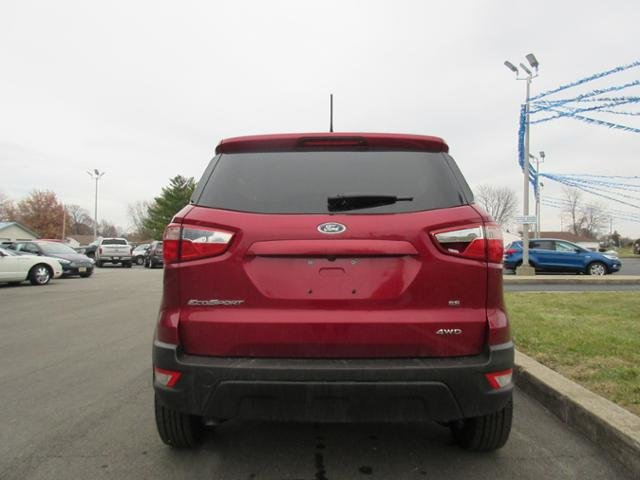 2018 Ruby Red Metallic Tinted Clearcoat Ford EcoSport SE Gas I4 2.0L Engine 4 Door 4X4 SUV