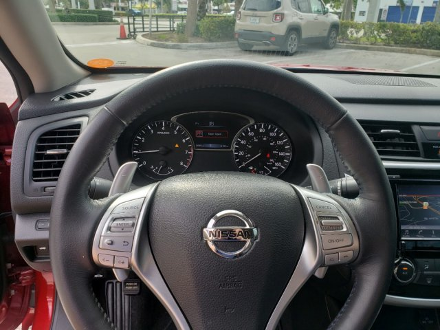 2018 Nissan Altima 2.5 SR FWD Sedan 4 Door