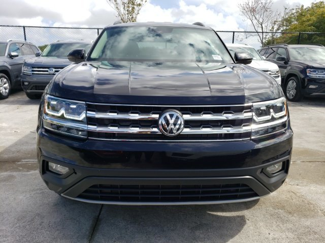2020 Deep Black Pearl Volkswagen Atlas 2.0T SE FWD Intercooled Turbo Regular Unleaded I-4 2.0 L/121 Engine Automatic