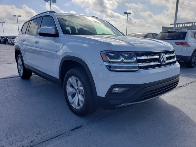 2020 Pure White Volkswagen Atlas 2.0T SE FWD 4 Door Automatic Intercooled Turbo Regular Unleaded I-4 2.0 L/121 Engine