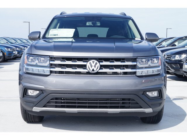2020 Platinum Gray Metallic Volkswagen Atlas 2.0T SE Automatic 4 Door SUV FWD Intercooled Turbo Regular Unleaded I-4 2.0 L/121 Engine