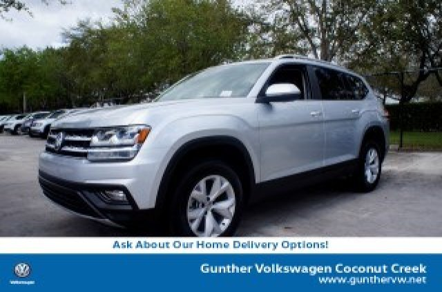 2019 Reflex Silver Metallic Volkswagen Atlas 3.6L V6 SE FWD Regular Unleaded V-6 3.6 L/220 Engine Automatic SUV