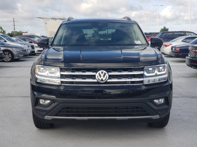 2020 Deep Black Pearl Volkswagen Atlas 2.0T SE w/Technology FWD Automatic SUV