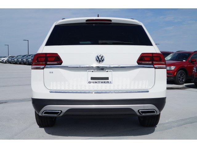2020 Volkswagen Atlas 2.0T SE w/Technology FWD Intercooled Turbo Regular Unleaded I-4 2.0 L/121 Engine SUV 4 Door Automatic