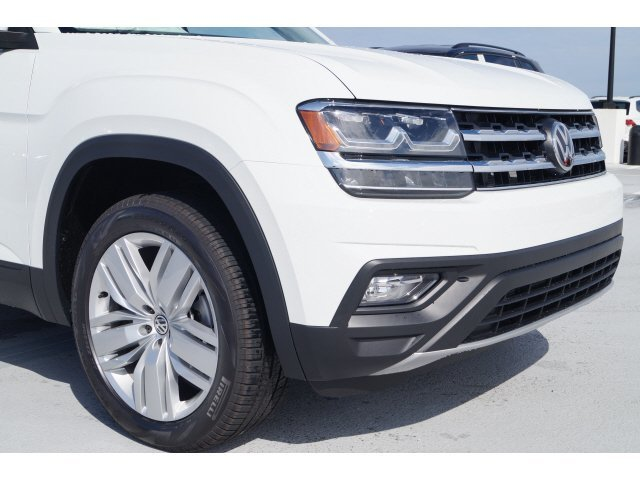 2020 Pure White Volkswagen Atlas 2.0T SE w/Technology 4 Door Automatic Intercooled Turbo Regular Unleaded I-4 2.0 L/121 Engine SUV FWD