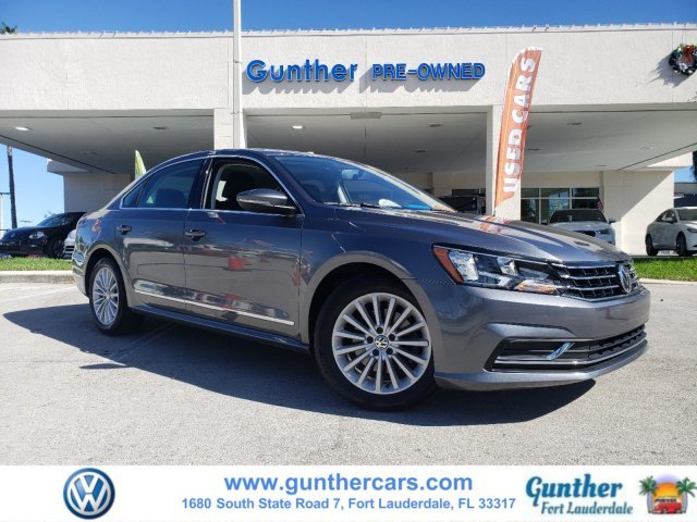 2017 Volkswagen Passat 1.8T SE Sedan Automatic FWD 4 Door Intercooled Turbo Regular Unleaded I-4 1.8 L/110 Engine