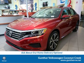 2020 Aurora Red Metallic Volkswagen Passat 2.0T SEL Sedan FWD Intercooled Turbo Regular Unleaded I-4 2.0 L/121 Engine Automatic
