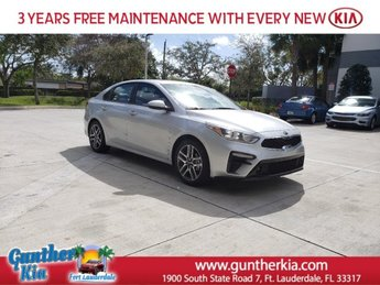 2020 Silky Silver Kia Forte EX Sedan Regular Unleaded I-4 2.0 L/122 Engine 4 Door Automatic (CVT)