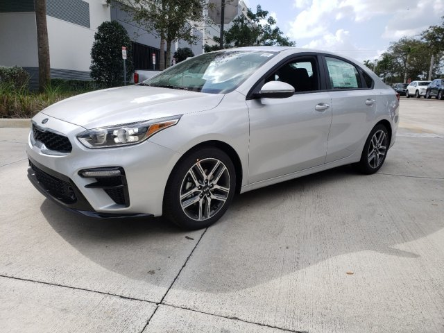 2020 Silky Silver Kia Forte EX Automatic (CVT) 4 Door Regular Unleaded I-4 2.0 L/122 Engine Sedan