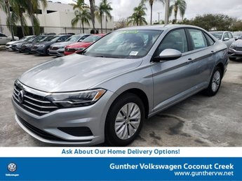 2020 Pyrite Silver Metallic Volkswagen Jetta S Manual FWD 4 Door Sedan Intercooled Turbo Regular Unleaded I-4 1.4 L/85 Engine