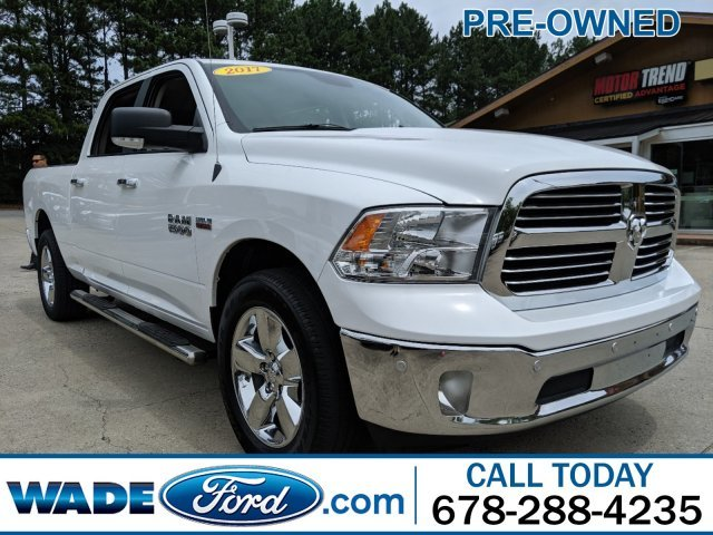 2017 Bright White Clearcoat Ram 1500 Big Horn Truck 4 Door V-8 5.7 L/345 Engine