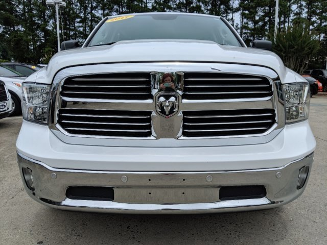 2017 Bright White Clearcoat Ram 1500 Big Horn Automatic Truck 4X4 4 Door V-8 5.7 L/345 Engine