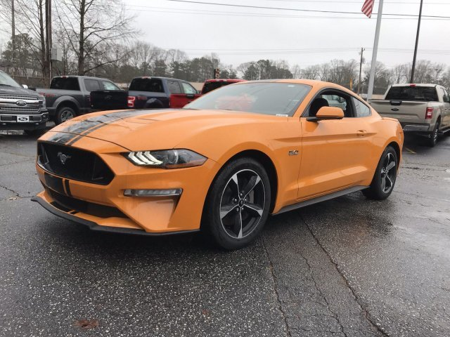 2019 Ford Mustang GT 2 Door Coupe Manual Premium Unleaded V-8 5.0 L/302 Engine RWD