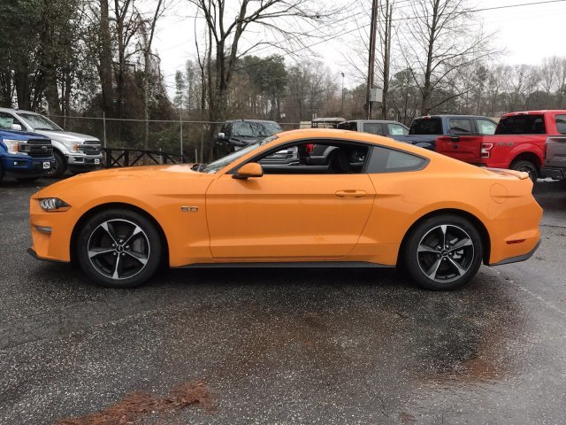 2019 Ford Mustang GT Manual Coupe Premium Unleaded V-8 5.0 L/302 Engine 2 Door