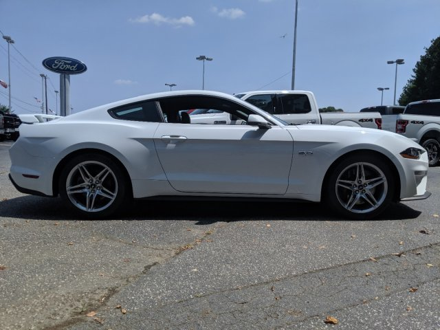 2019 Ford Mustang GT Premium RWD Coupe Automatic Premium Unleaded V-8 5.0 L/302 Engine 2 Door