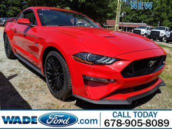 2019 Ford Mustang GT RWD Coupe Premium Unleaded V-8 5.0 L/302 Engine Manual 2 Door