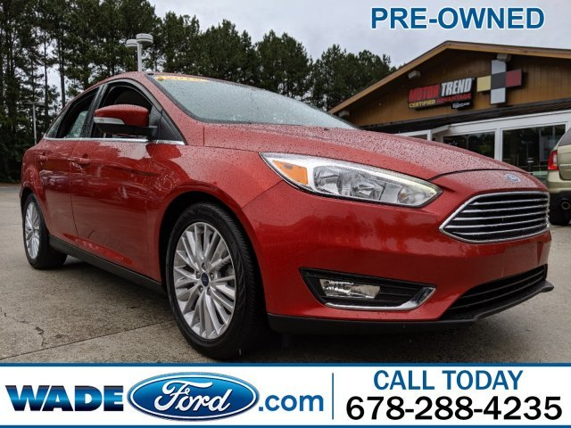 2018 Hot Pepper Red Metallic Tinted Clearcoat Ford Focus Titanium 4 Door Sedan I-4 2.0 L/122 Engine Automatic FWD