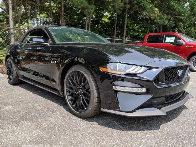 2019 Ford Mustang GT Premium 2 Door Premium Unleaded V-8 5.0 L/302 Engine RWD