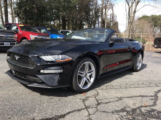 2019 Shadow Black Ford Mustang EcoBoost Premium RWD Intercooled Turbo Premium Unleaded I-4 2.3 L/140 Engine 2 Door
