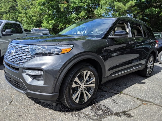 2020 Magnetic Metallic Ford Explorer Platinum Twin Turbo Premium Unleaded V-6 3.0 L/183 Engine Automatic SUV AWD