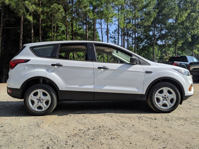 2019 Ford Escape S Regular Unleaded I-4 2.5 L/152 Engine 4 Door SUV Automatic