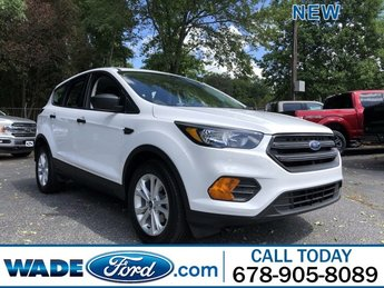2019 Oxford White Ford Escape S Regular Unleaded I-4 2.5 L/152 Engine Automatic SUV 4 Door FWD