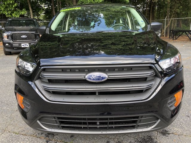 2019 Agate Black Metallic Ford Escape S Automatic Regular Unleaded I-4 2.5 L/152 Engine FWD SUV