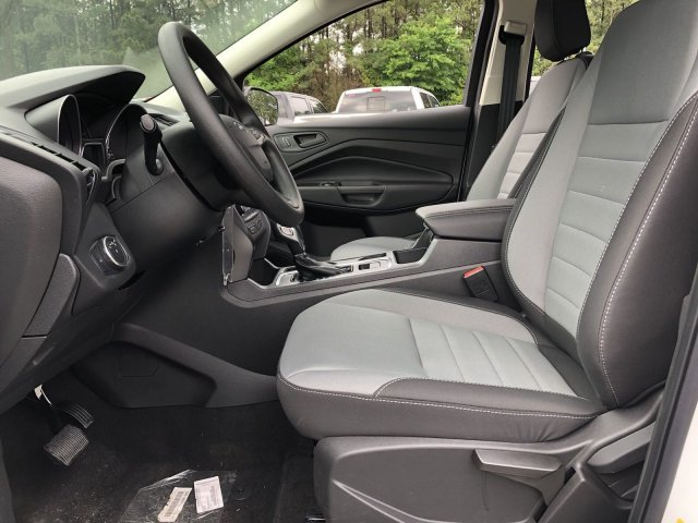 2019 Ford Escape S Regular Unleaded I-4 2.5 L/152 Engine FWD 4 Door SUV