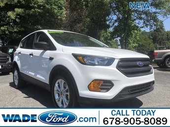 2019 Oxford White Ford Escape S Automatic Regular Unleaded I-4 2.5 L/152 Engine FWD SUV 4 Door