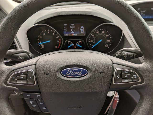2019 Lightning Blue Metallic Ford Escape S FWD Regular Unleaded I-4 2.5 L/152 Engine Automatic 4 Door SUV