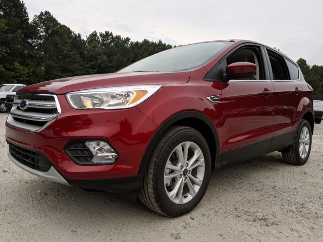 2019 Ford Escape SE SUV 4 Door Automatic Intercooled Turbo Regular Unleaded I-4 1.5 L/92 Engine FWD