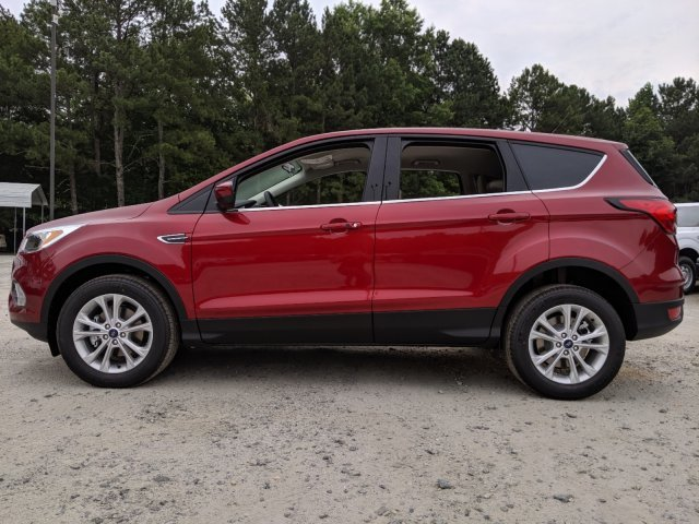 2019 Ford Escape SE Intercooled Turbo Regular Unleaded I-4 1.5 L/92 Engine SUV Automatic 4 Door FWD