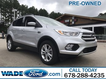 2018 Ingot Silver Metallic Ford Escape SE 4X4 4 Door Automatic I-4 2.0 L/121 Engine