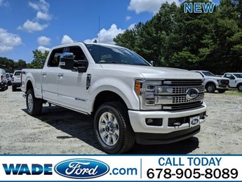 2019 White Platinum Metallic Tri-Coat Ford Super Duty F-250 SRW Platinum Automatic Truck Intercooled Turbo Diesel V-8 6.7 L/406 Engine 4X4 4 Door