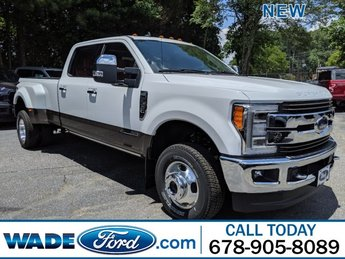 2019 Oxford White Ford Super Duty F-350 DRW Limited Intercooled Turbo Diesel V-8 6.7 L/406 Engine 4 Door Automatic 4X4 Truck