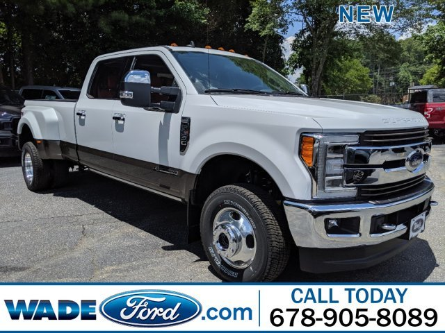 2019 Oxford White Ford Super Duty F-350 DRW Limited Automatic 4X4 Truck 4 Door