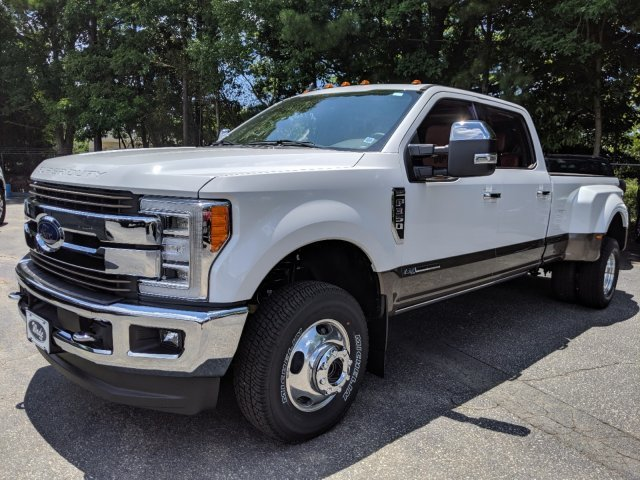2019 Ford Super Duty F-350 DRW Limited Truck Automatic 4 Door 4X4 Intercooled Turbo Diesel V-8 6.7 L/406 Engine