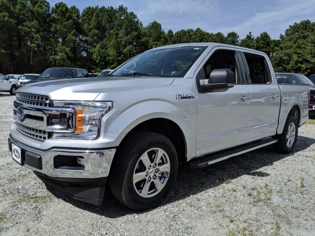 2019 Ingot Silver Metallic Ford F-150 XLT Truck Regular Unleaded V-8 5.0 L/302 Engine 4 Door