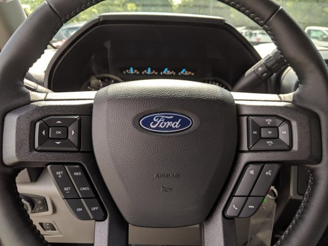 2019 Ingot Silver Metallic Ford F-150 XLT RWD Truck 4 Door Regular Unleaded V-8 5.0 L/302 Engine Automatic