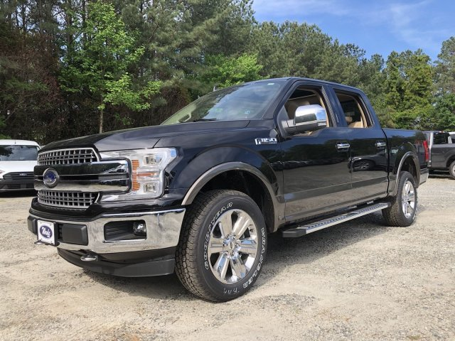 2019 Agate Black Metallic Ford F-150 LARIAT Automatic 4X4 4 Door Truck Regular Unleaded V-8 5.0 L/302 Engine